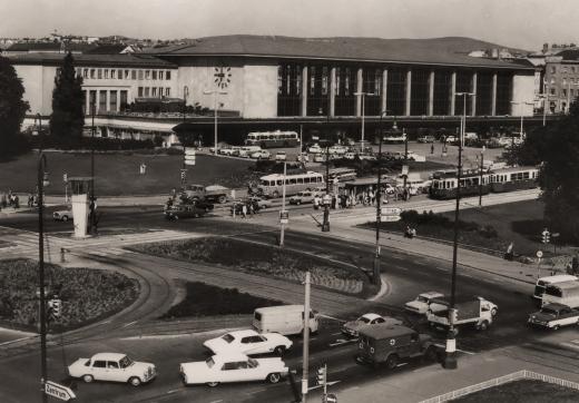 Austria - Wien Westbahnhof timelapse 1